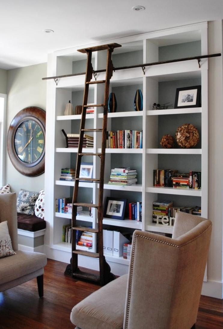 Como decorar sua estante com livros e objetos for Decorar online