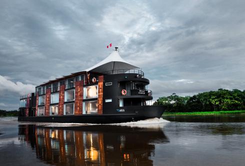 navio de lixo na Amazonia